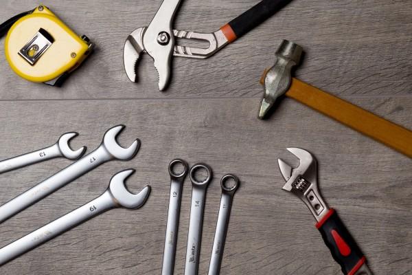 tool-2820946_1920