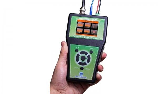 KFZ / LKW Sensor-Simulator, Diagnosegerät 12 & 24 Volt inkl. SD Karte